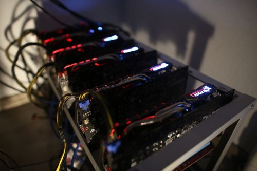 Cryptocurrency mining machines sit in operating racks at the home of Dmitry Gutov, a Russian cryptocurrency 'miner,' in Krasnogorsk, Russia, on Thursday, Sept. 7, 2017. Gutov, who works in a Moscow-based staff-outsourcing firm by day, is among a growing number of Russians who have embraced mining as the price of cryptocurrencies such as bitcoin and ether has soared. Photographer: Andrey Rudakov/Bloomberg